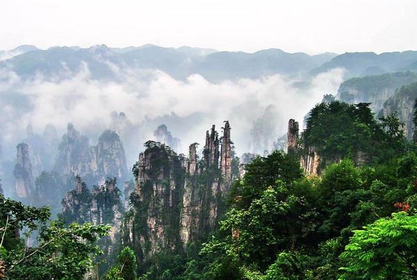 湖南旅游十大必去景区,必去的10大湖南旅游景点排名大全