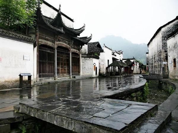 安徽<a href=http://dinosauron.com/vjingdian_158.html>西递古镇</a>图片