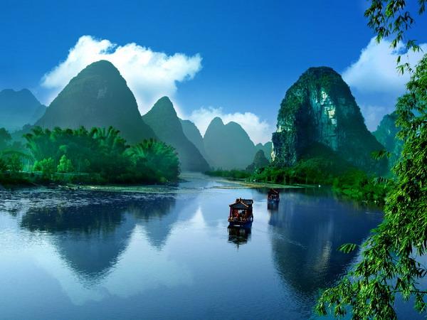 8月到桂林阳朔旅游怎么样?桂林阳朔 风姿卓越烟雨蒙蒙