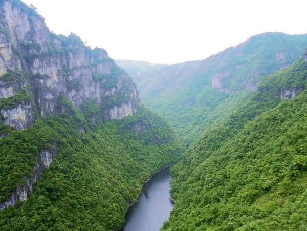 南江大峡谷图片