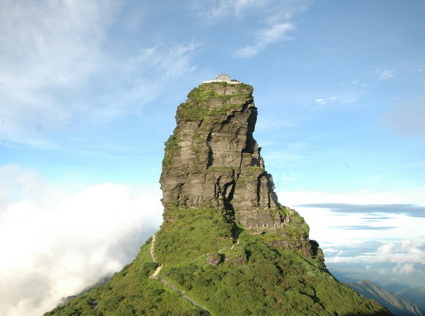 长沙到贵州梵净山、湘西凤凰365bet送体验金双飞三日游旅游团