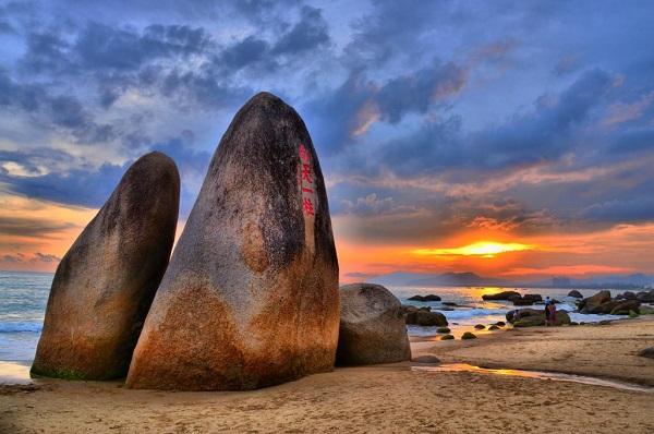 什么时候去三亚天涯海角旅游最好?怎么去?