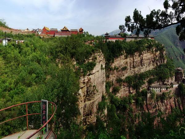 苍岩山风景区旅游攻略