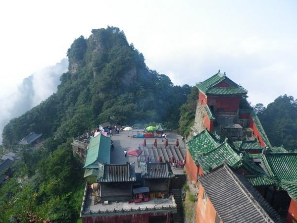长沙到湖北武汉、三峡大坝、三峡人家、神农架、武当山、古隆中五日游精华旅游