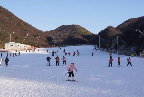 大围山滑雪场门票(浏阳大围山野外滑雪场门票