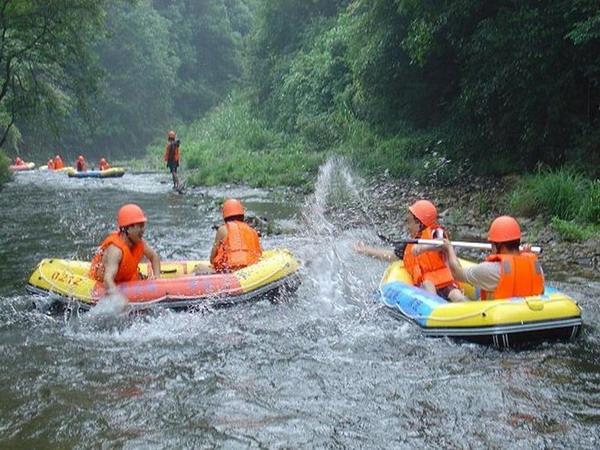 长沙到浏阳皇龙峡森林漂流、溯溪探险一日游