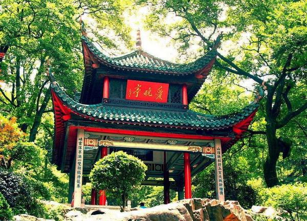 去湖南旅游除了张家界和凤凰古城,还有哪些必去的湖南旅游景点