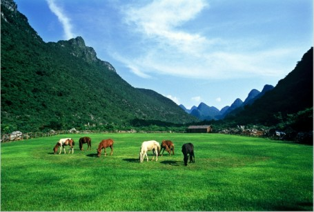 长沙到桂林-小漓江-阳朔-乐满地常规双卧五日游旅游,金钟山图片