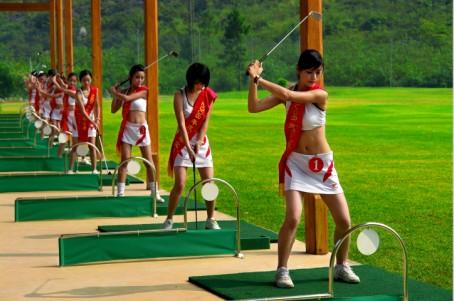 高尔夫练习场