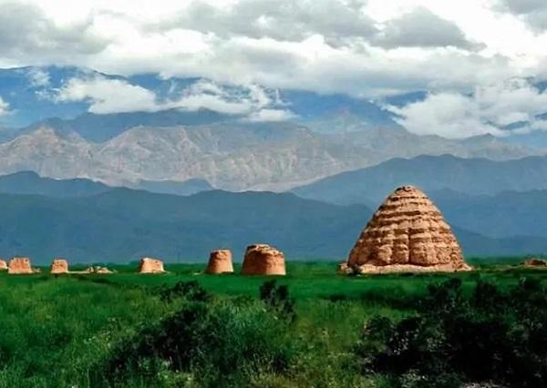 西夏王陵图片