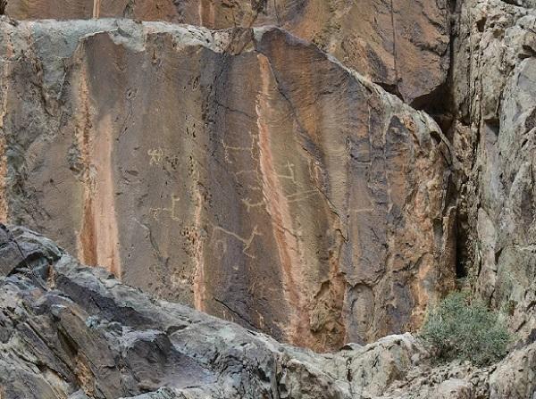 贺兰山岩画旅游图片