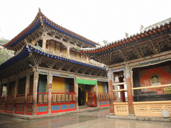 <a href=http://www.97616.net/linegn_23.html>青海</a>塔尔寺图片