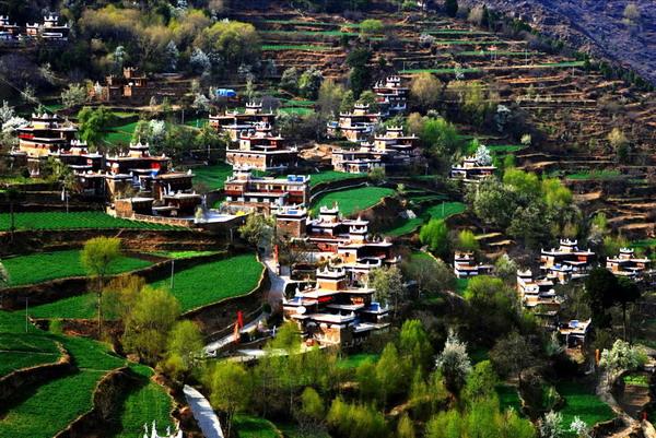 丹巴甲居藏寨