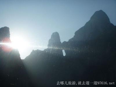湖南张家界天门山风景图片