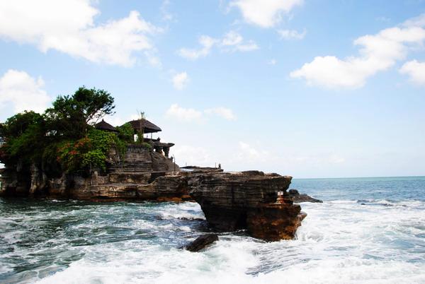 巴厘岛海神庙