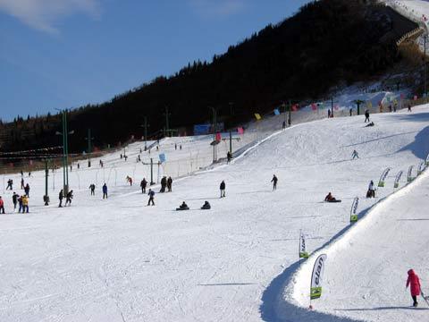 大围山滑雪场门票(浏阳大围山野外滑雪场门票团购平日198元/周末228)
