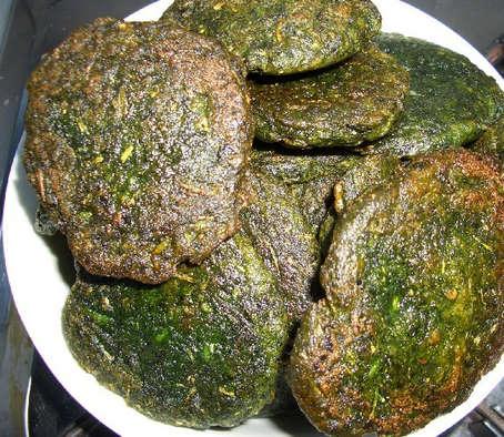 蒿子粑粑是张家界最好的小吃_蒿子粑粑的做法