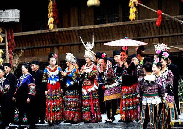 西江千户苗寨是中国最大的苗寨吗