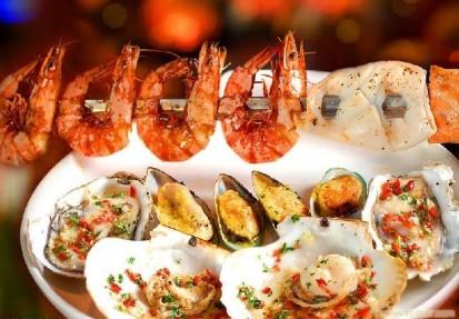 青岛吃海鲜的地方_青岛哪里吃海鲜便宜?