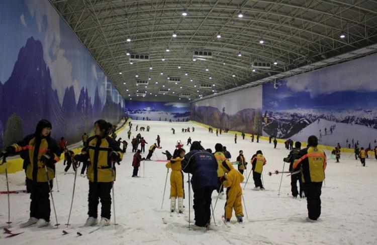 瑞翔室内滑雪场
