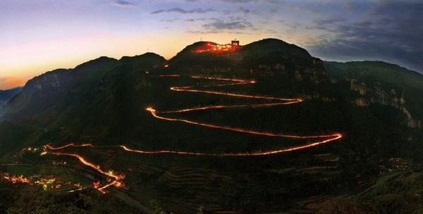 中国最美的十大公路_盘点中国十大最美公路