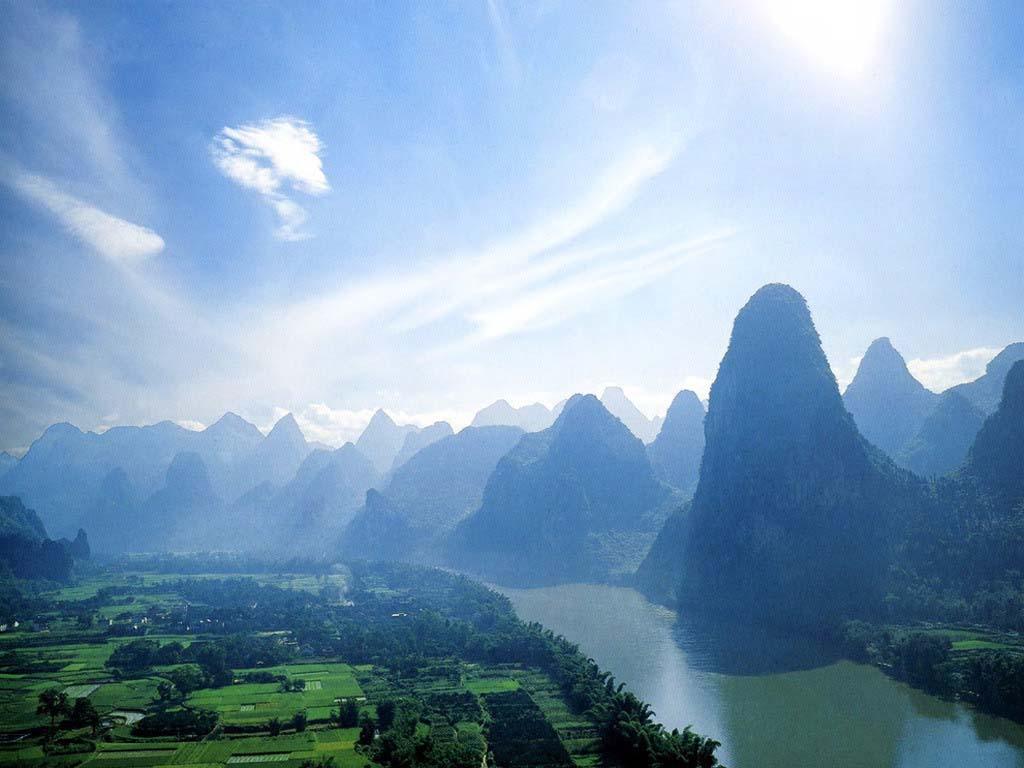 去桂林旅游需要带些什么?到桂林旅游要带的物品有哪些?漓江