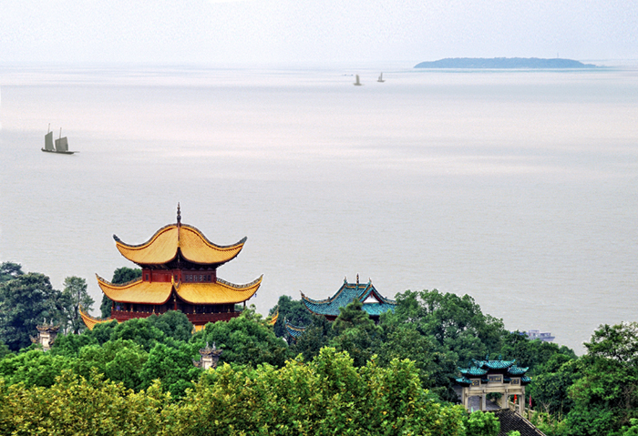 岳阳楼在哪个湖?岳阳楼在哪座湖上?岳阳楼位于什么湖?