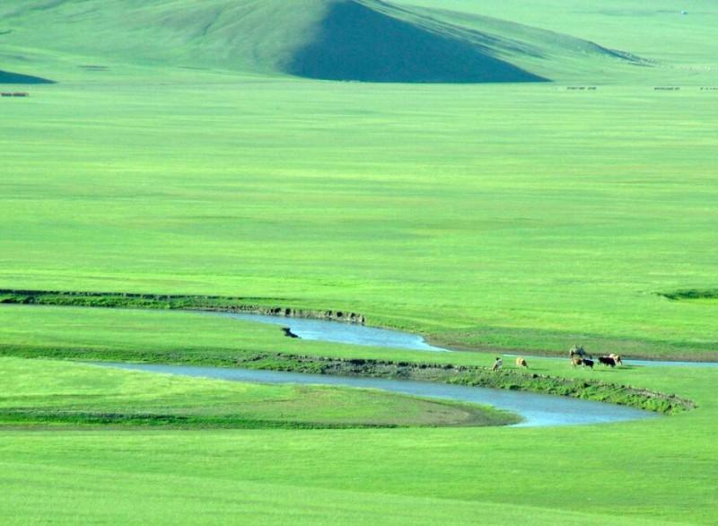 长沙到内蒙古旅游要多少钱?内蒙古有什么好玩的地方