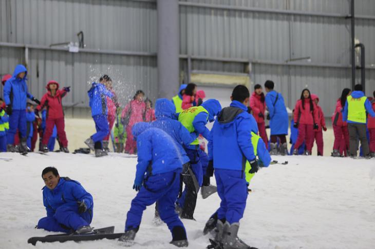 长沙三只熊滑雪场