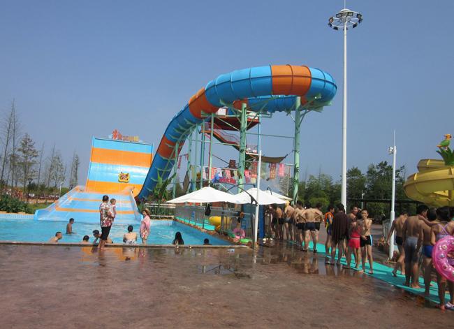 平江亚马逊水上乐园