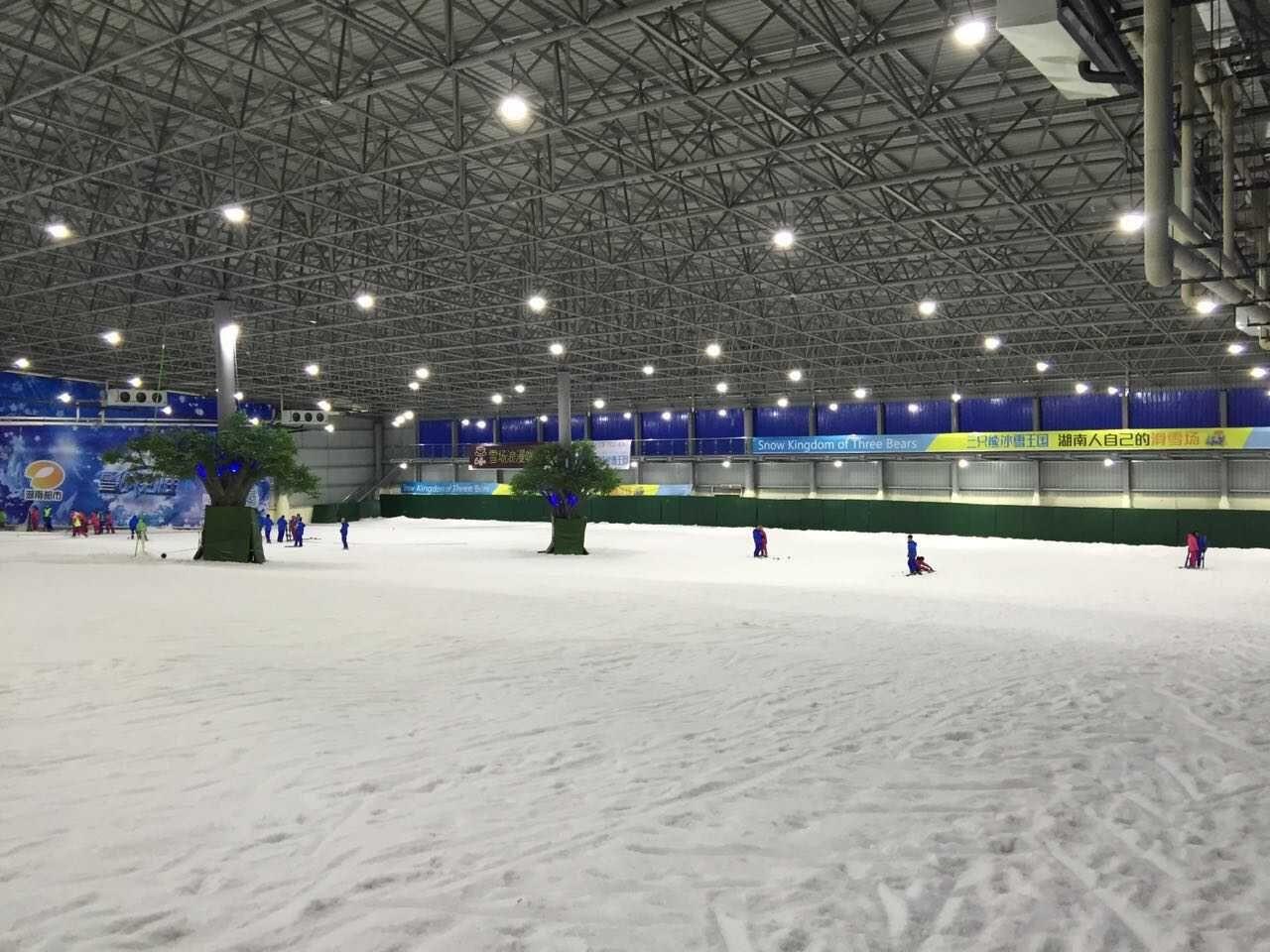 长沙三只熊滑雪场(长沙三只熊冰雪王国滑雪场