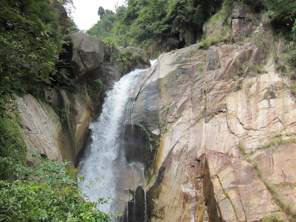 湖南郴州资兴龙景大峡谷瀑布群好玩吗