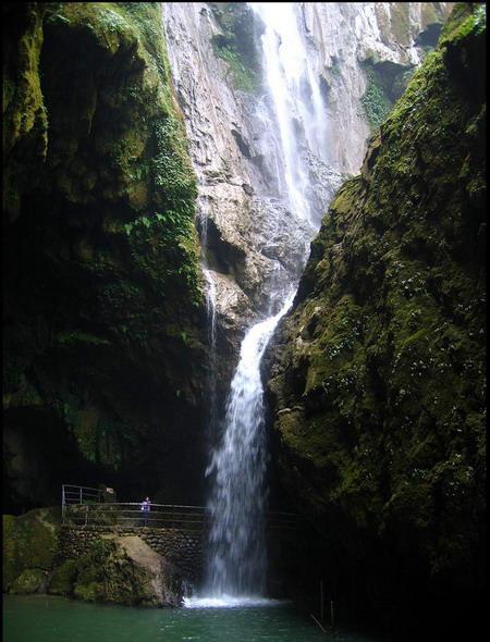 【探秘寿乡】长沙到南宁、北海、德天瀑布、通灵大峡谷、巴马双卧6日游