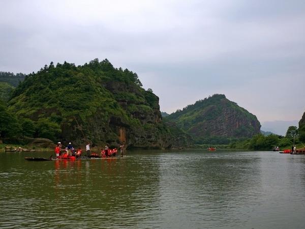 鹰潭龙虎山旅游攻略