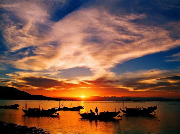从yabo亚博体育app下载出发到海陵岛、沙滩篝火 啤酒狂欢、赤坎古镇高铁休闲三日游自组旅游