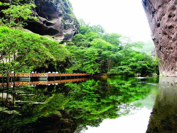 长沙到泰宁古城、丹霞寨下大峡谷、李家岩汽车3日游