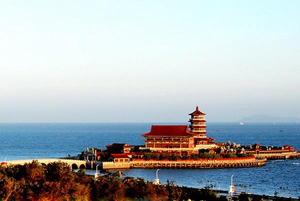 【蓝色海岸】长沙到山东青岛-大乳山-威海-烟台-大连双飞六天旅游