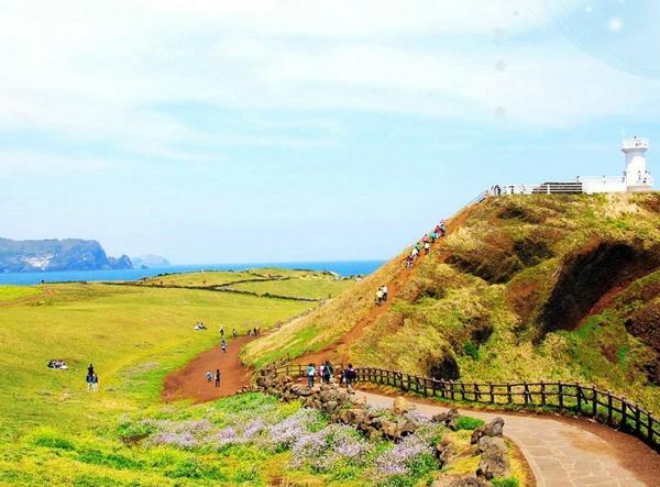 长沙到韩国-首尔-济州岛-乐天世界四飞六天旅游