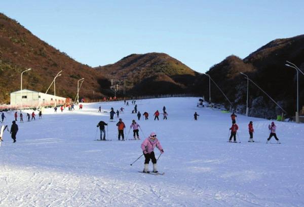 长沙周边冬天好去处-浏阳大围山滑雪场游玩攻略