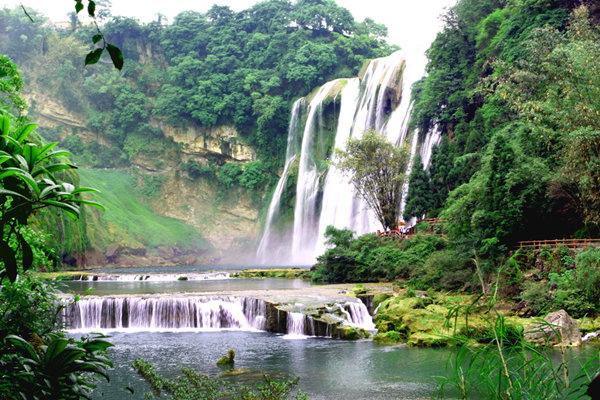 从长沙到贵州黄果树大瀑布、贵阳甲秀楼、贵州