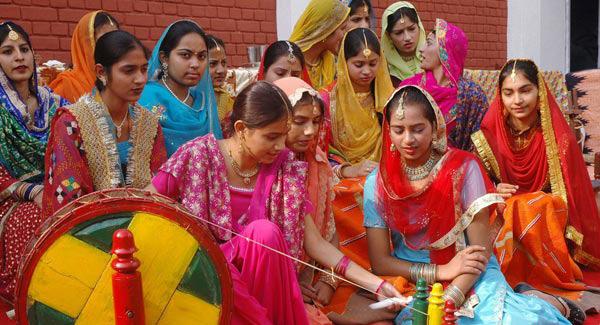 印度风土人情_印度当地有哪些风俗习惯