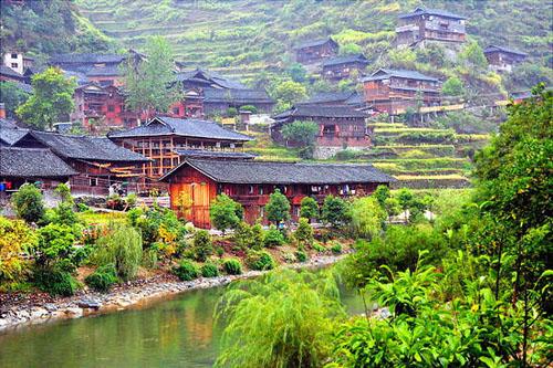 5月份去哪里旅游好-贵州百里杜鹃花似海 神秘黔东南寻世外桃源