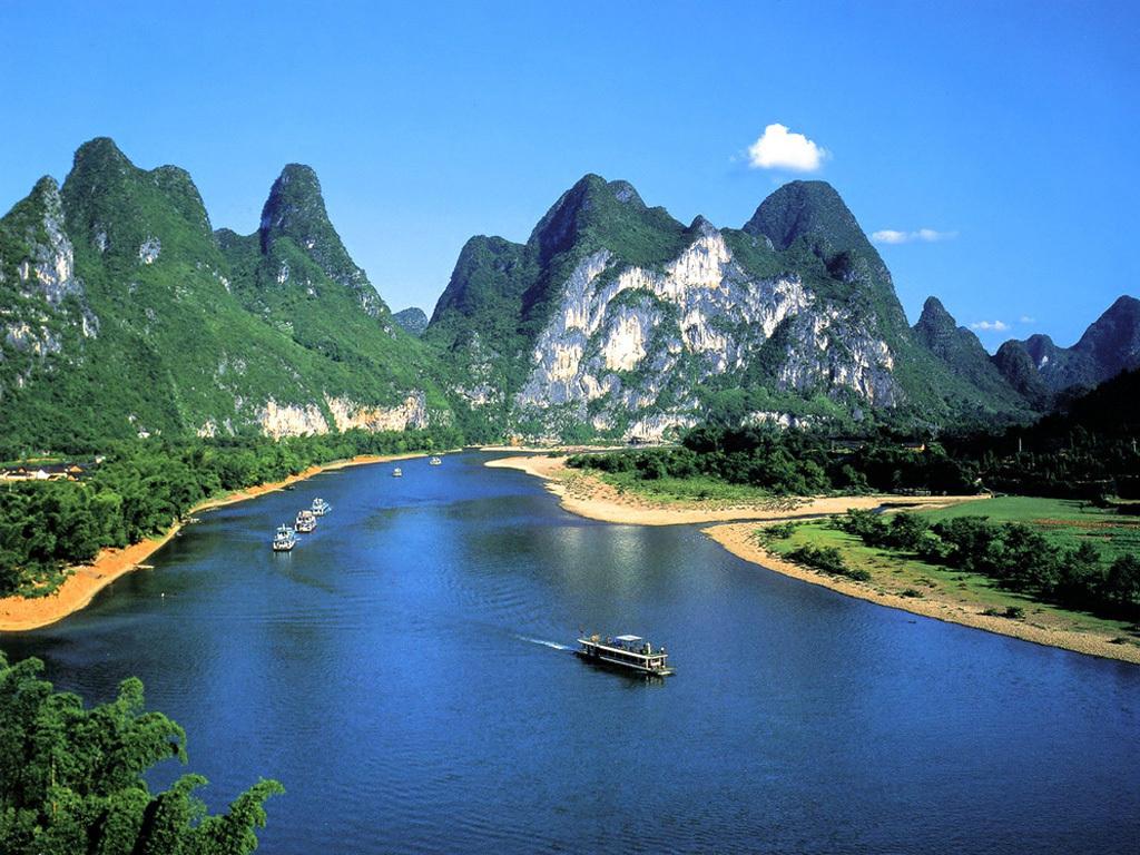 (追忆桂林)从长沙到桂林山水、象鼻山、全程漓江风光、阳朔西街、芦笛岩,叠彩山,伏波山高铁纯