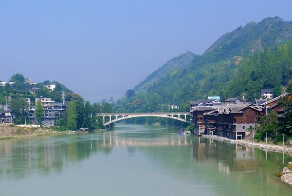 长沙到重庆武隆仙女山、边城茶峒、矮寨大桥、濯水古镇、酉阳桃花源汽车纯玩三日游