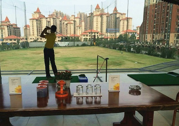 长沙望城远征军高尔夫俱乐部高尔夫球体验一日游(单订远征军高尔夫俱乐部门票2小时50元)