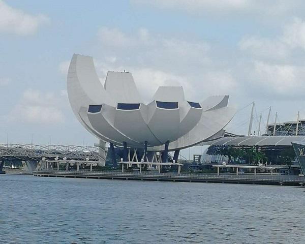 从长沙出发到新加坡、马来西亚、波德申5晚6日游