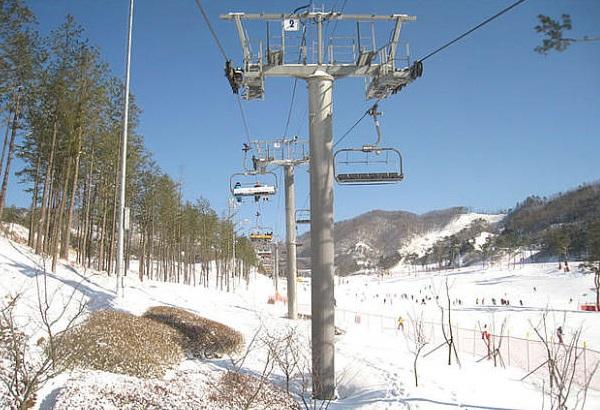 韩国芝山滑雪场