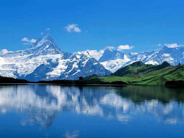 从长沙到新疆天山天池-吐鲁番-布尔津-喀纳斯-乌鲁木齐双飞8日