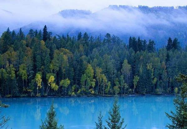 新疆旅游必去的地方_新疆