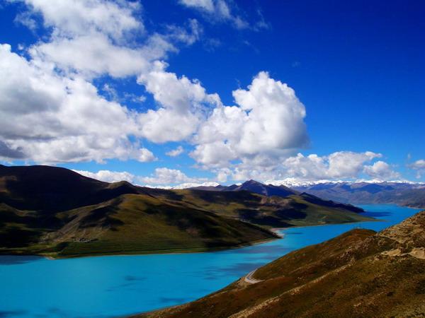 羊卓雍措湖